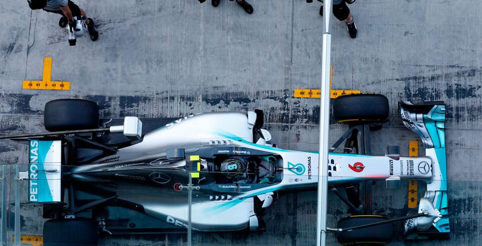 فريق الفورمولا 1 لمرسيدس AMG
