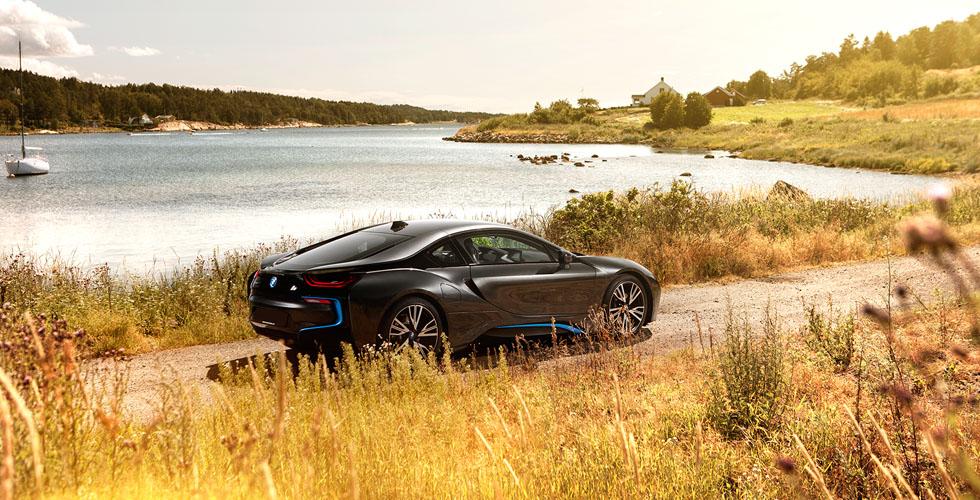 بالصّور: ال BMW i8  تتألّق على ساحل النروج