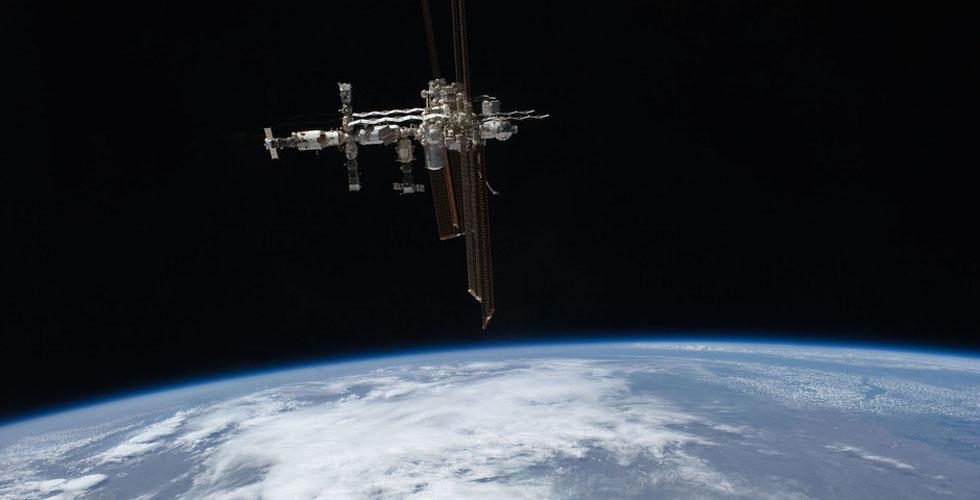 طِر في الفضاء وانت على كنابايتك: خبرة ال SpaceVR