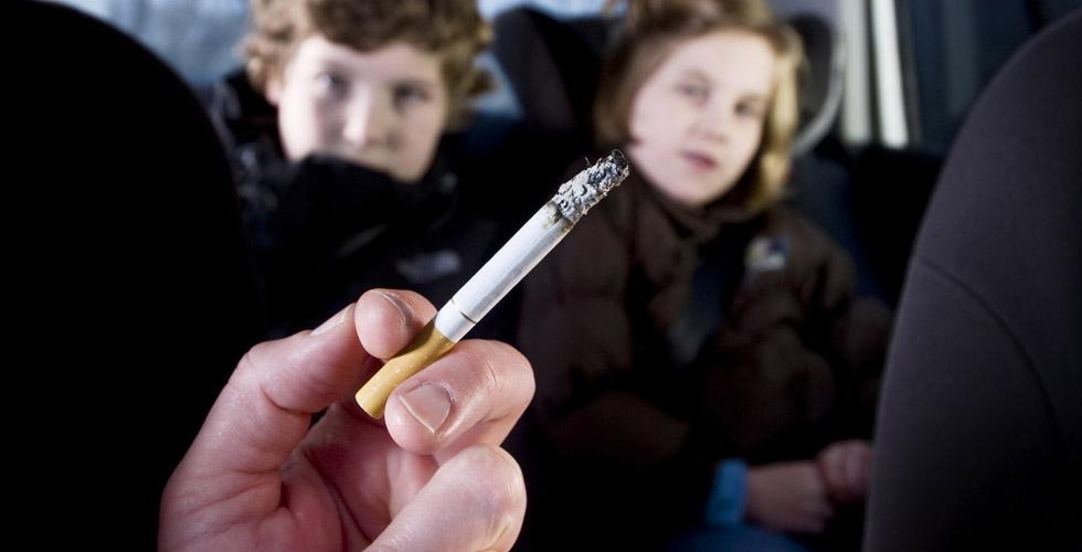 ممنوع التدخين في السيارة