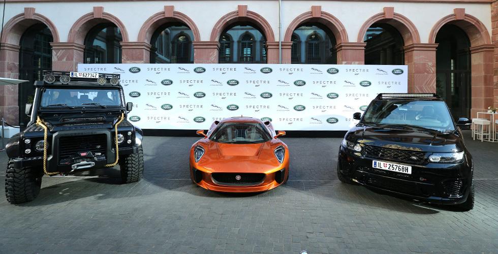 جاكوار لاند روفر في معرض دبي للسيارات  2015