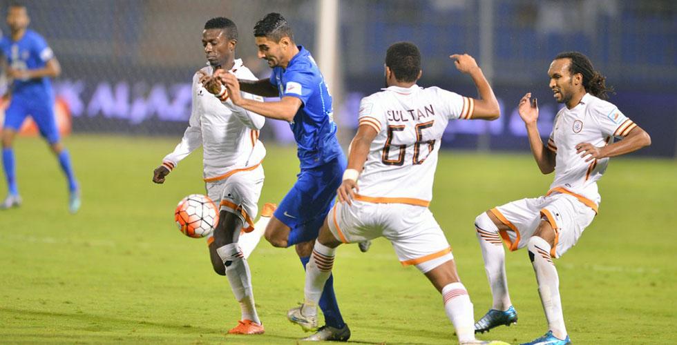 الهلال في صدارة الدوري السعودي