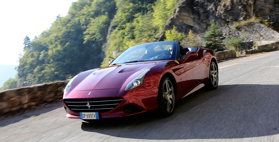 Ferrari  تصقل الCalifornia T  برزمة HS