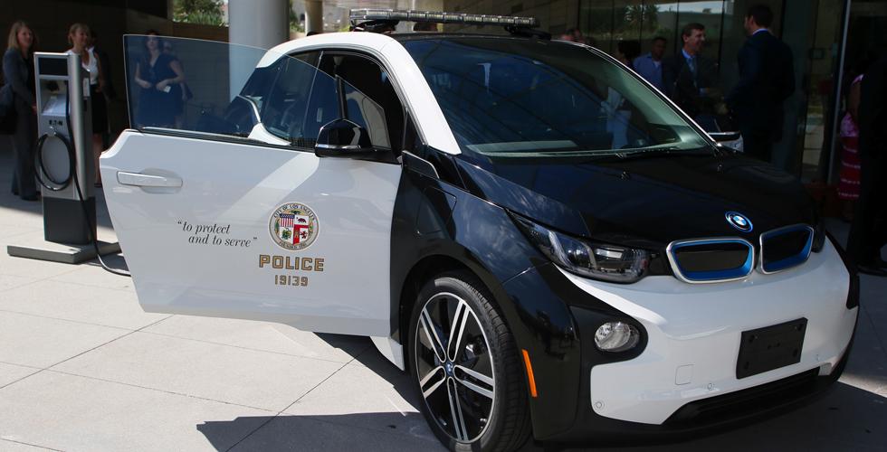 مئة BMW i3  لشرطة لوس أنجلوس