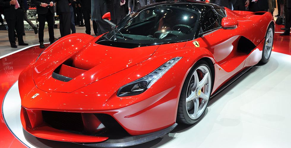 10,000 سيّارة هايبرد من Ferrari؟