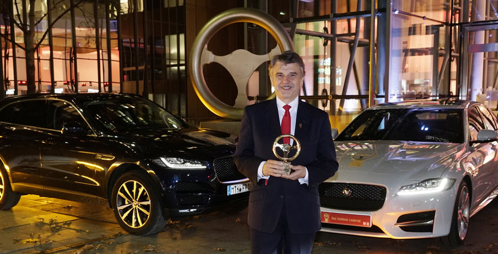 جائزة المقود الذّهبي ل Jaguar XF