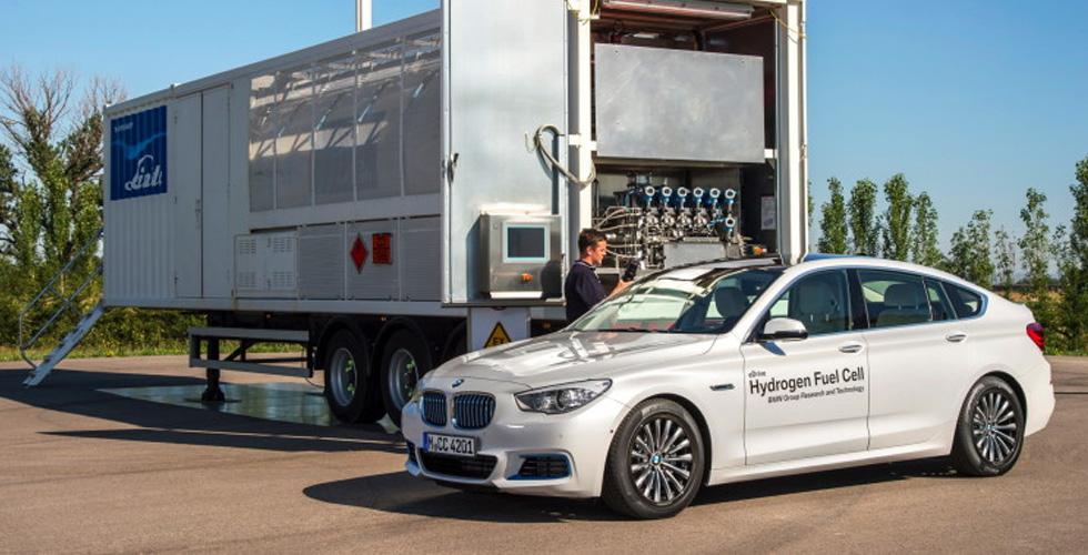 سيّارة الإيدروجين من BMW  عام 2021
