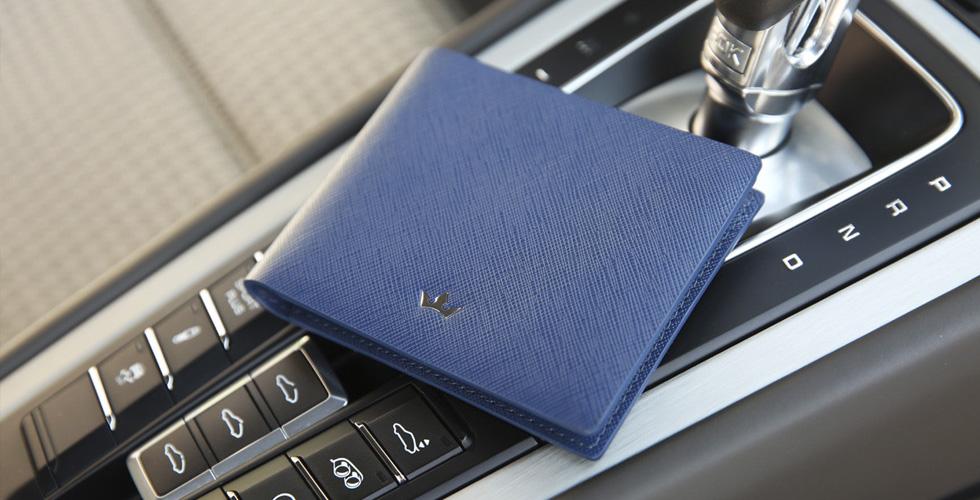 محافظ روديرر مصنوعة من تكنولوجيا RFID