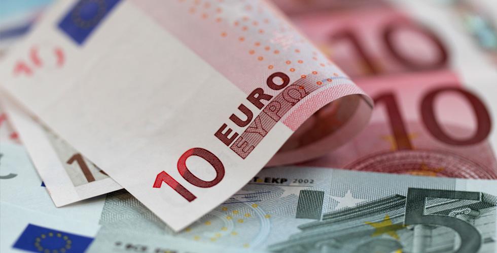 رأي السبّاق:ماكرون وارتفاع اليورو