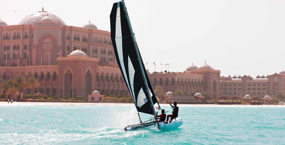 إليكم الأماكن المثالية لممارسة الرياضات المائية