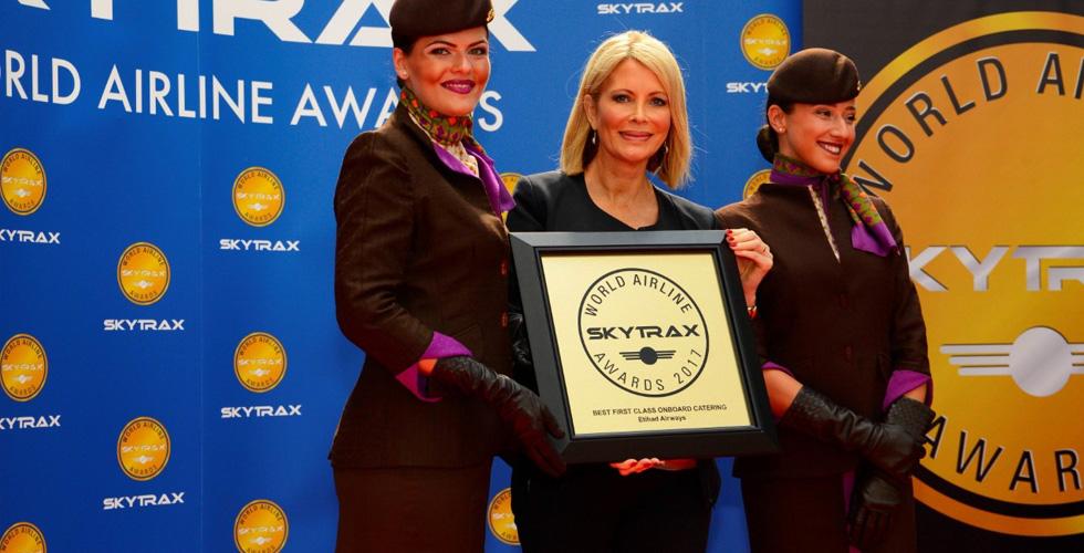 شركة الاتحاد للطيران تفوز بثلاث جوائز مرموقة
