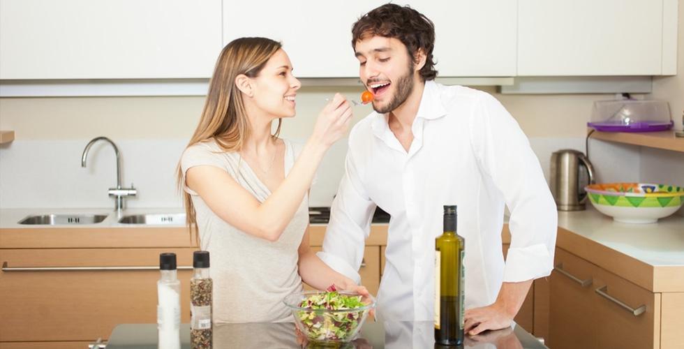 هل تعرف ما هي الأطعمة المنشّطة جنسيا؟