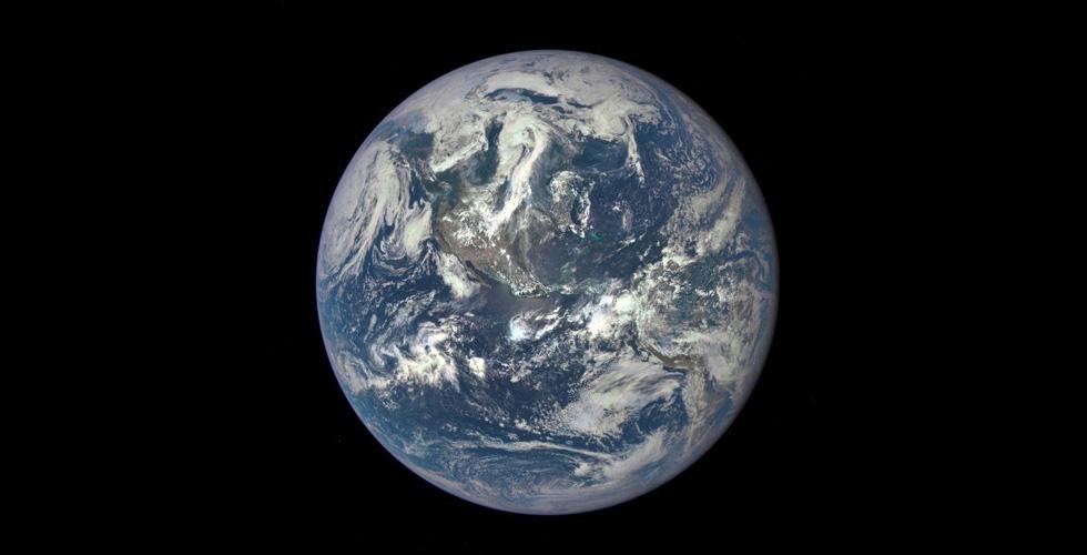 لماذا لم يرصد رادارٌ كويكبا كاد يصدم الأرض
