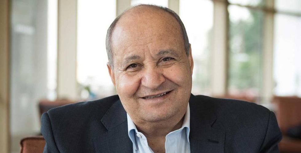 الكاتب وحيد حامد يستلم جائزة DIFF