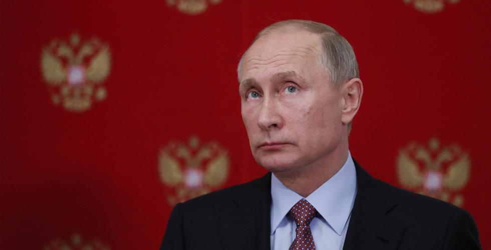 بوتين يدعو للاستثمار في أمن الانترنت