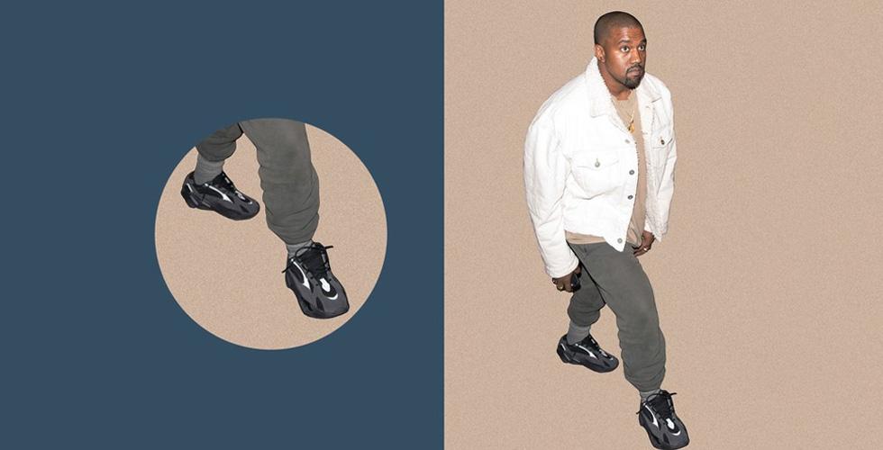 حذاء  Yeezy Boost 700 باللون الأسود