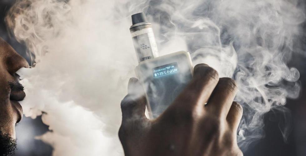 النكهات في السيجارة الالكترونية تُضر