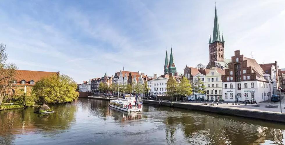 وجهة ألمانيا في سوق السفر العربي في دبي