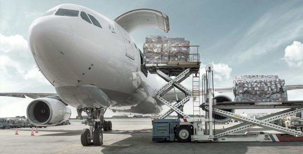 لماذا تراجع الشحن الجويّ؟