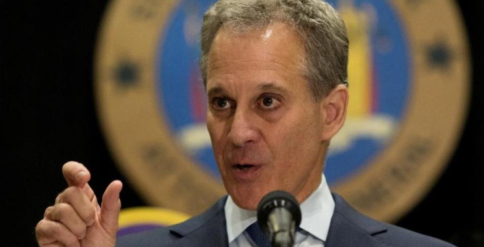 التحرش الجنسي ينتقل من هوليوود الى نيويورك