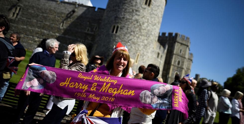 الأميركيون يتدفقون الى بريطانيا لحضور الزواج الملكي