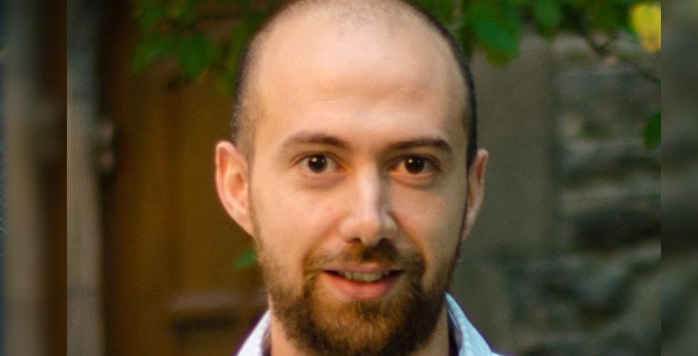 نجم الدكتور بيار كرم يلمع عالميًا