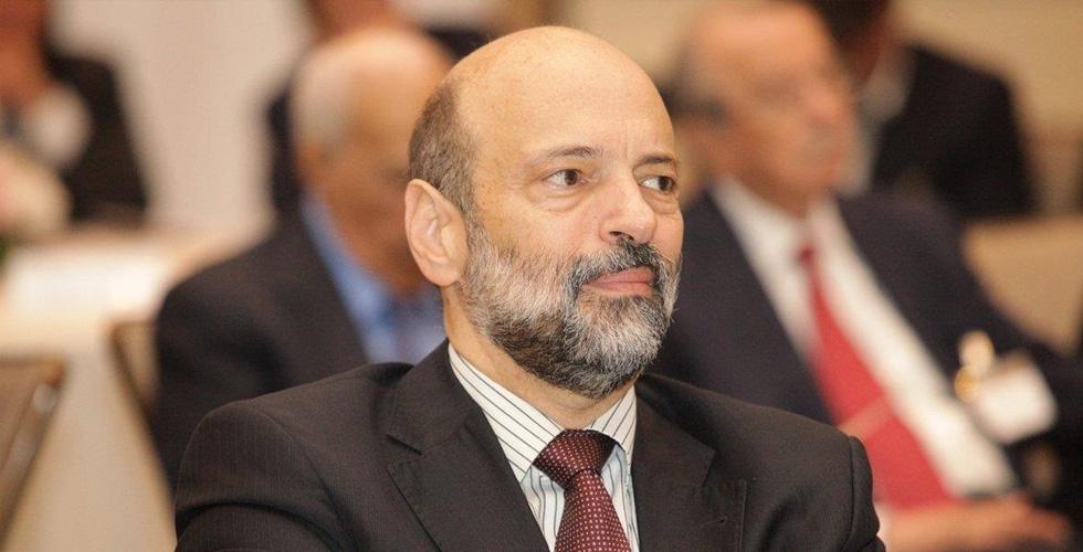 الرزاز يترأس حكومة اصلاحات على جرعات