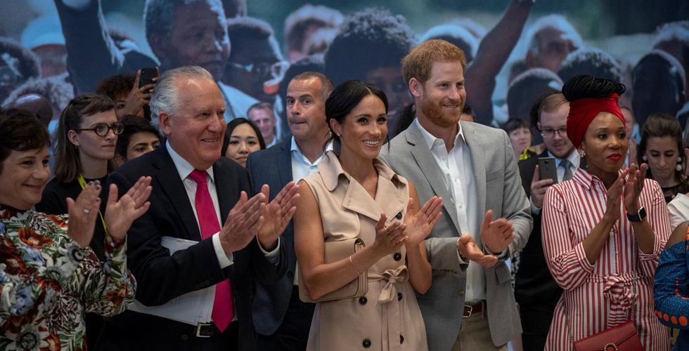 الأمير هاري في ضيافة نلسون مانديلا