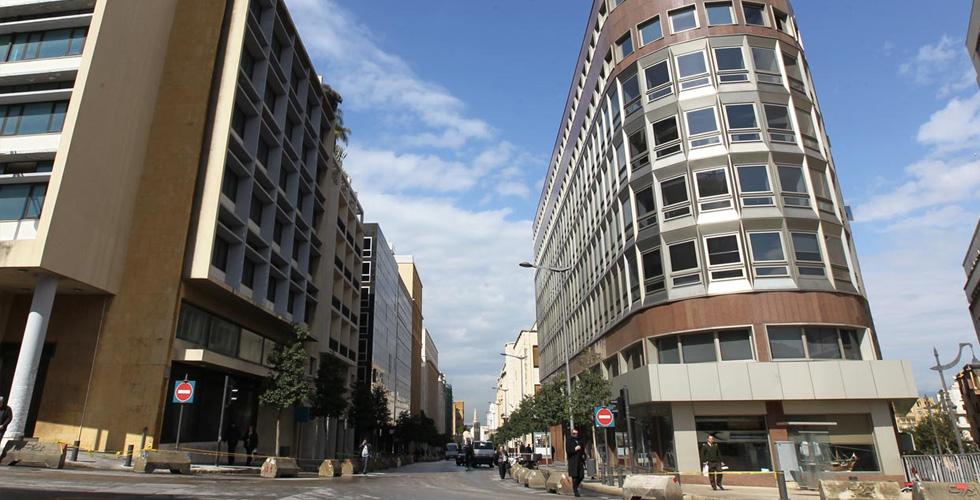 عصابة في العراق تبتزّ المصارف اللبنانية بمليار دولار