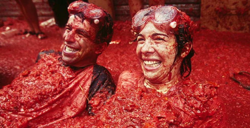 حرب بذخيرة الطماطم في شرق اسبانيا