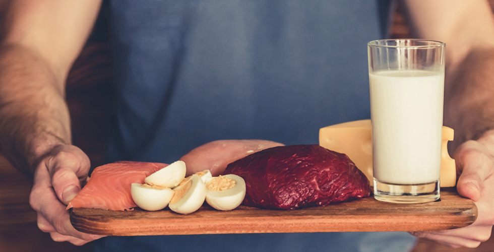 أين تجد البروتين الأفضل في اللحم أو النبات؟