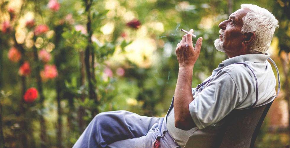 التدخين وارتفاع خطر الاصابة بالخرف