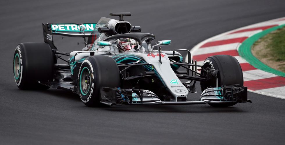 مرسيدس في الفورمولا١ يسيطر في اليابان