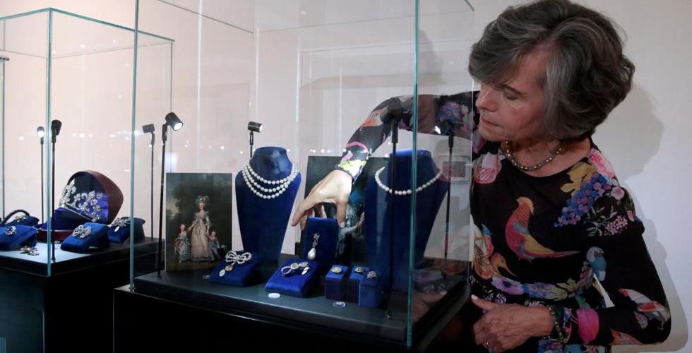لماذا تُعرضُ مجوهرات الملكة ماري انطوانيت في دبي؟