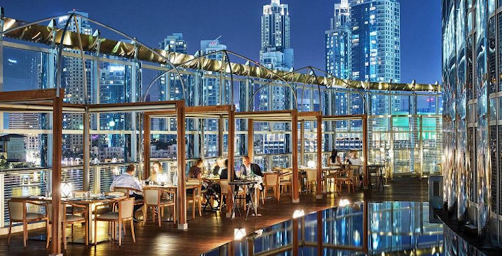 عشاء Malts and Masalas في فندق أرماني دبي