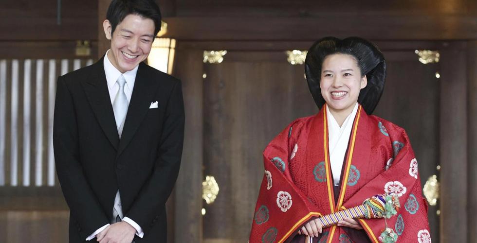 أياكو تخلّت عن لقبها الامبراطوري لتتزوج من عامة الشعب