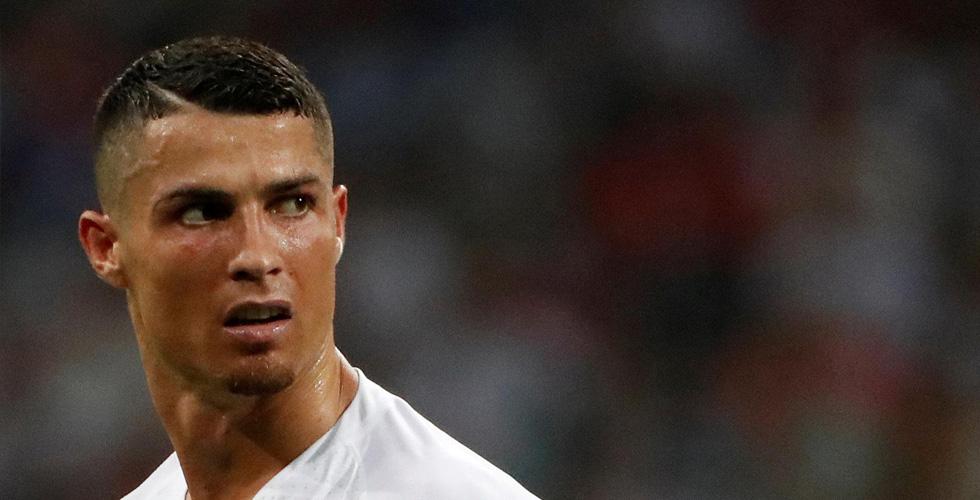 لماذا أسقط سانتوس المهاجم رونالدو من منتخب البرتغال؟