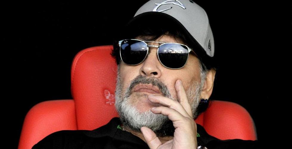 مارادونا ينتفض ضدّ فيلم يتناوله كمحتال