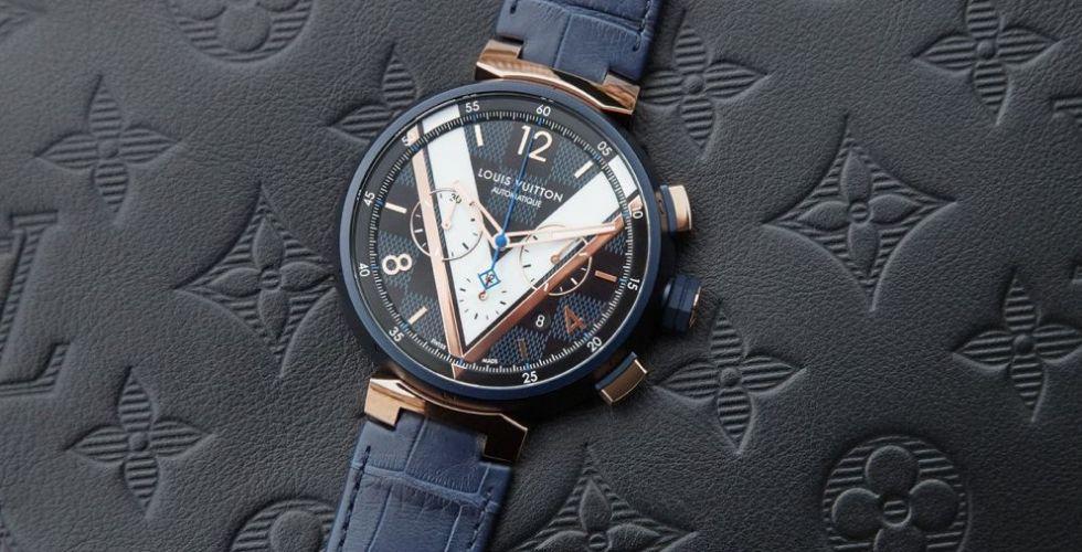 Louis Vuitton تقدّم ساعة Tambour Damier Cobalt