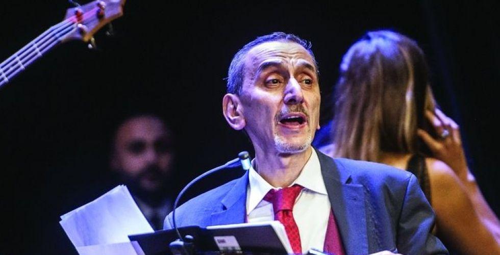 زياد الرحباني من أعياد بيروت يغني أوجاع اللبنانيين