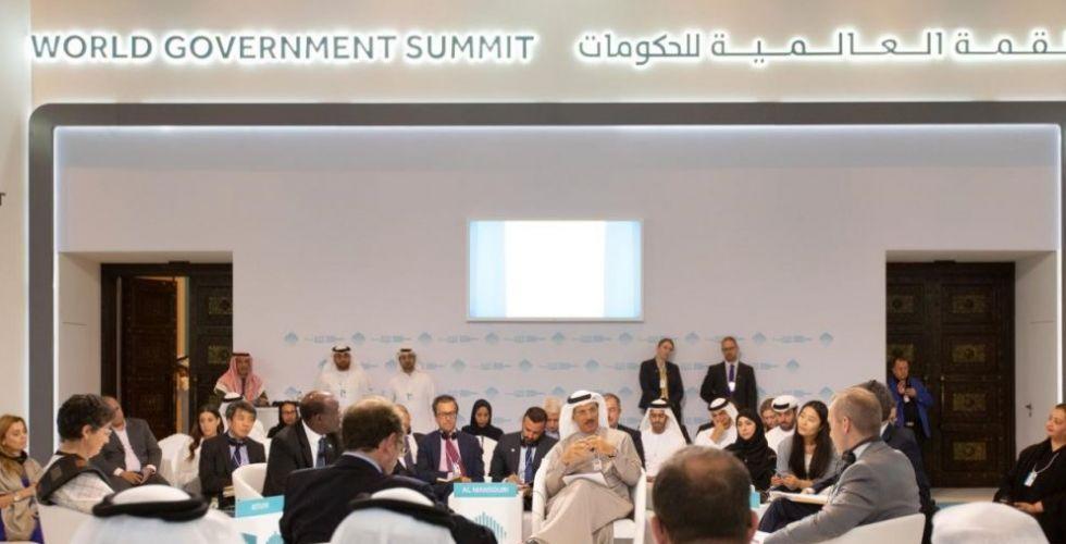 قادة عالميون يناقشون إمكانية تحقيق النمو الاقتصادي العالمي