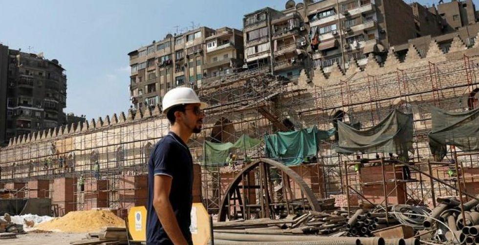 ترميم مسجد الظاهر بيبرس في القاهرة بعد توقف