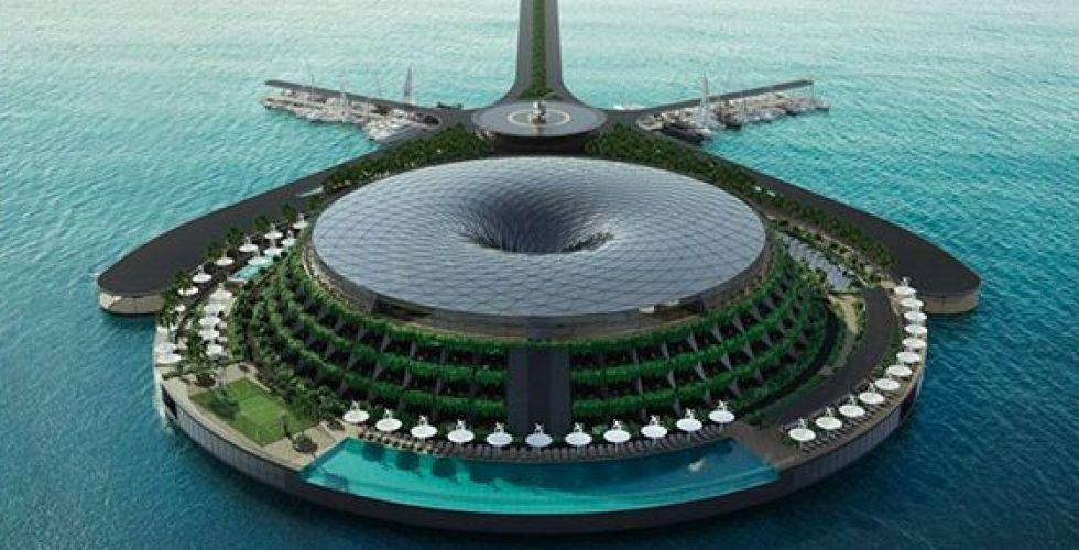 فندق عائم ومتنقّل في بحر قطر