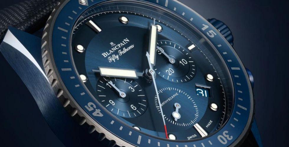 ساعة Blancpain غارقة بالأزرق الجذّاب