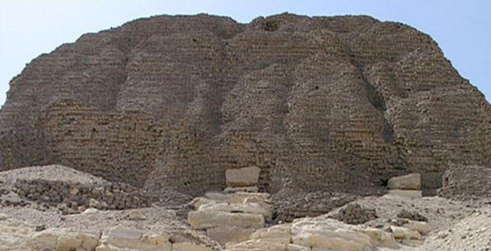 بعد إقفاله طويلا،مصر تفتح هرم اللاهون للزوار