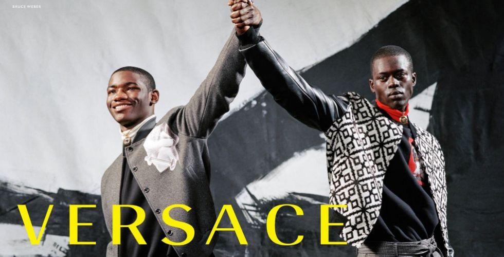 حملة Versace تحتفل بالوحدة والحب
