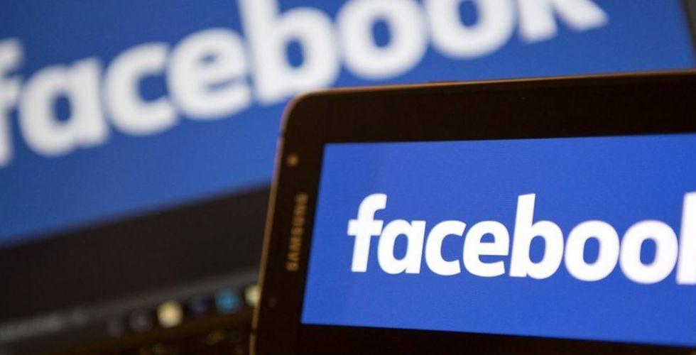 فايسبوك Spaces  تعتمد الفيديوهات المباشرة