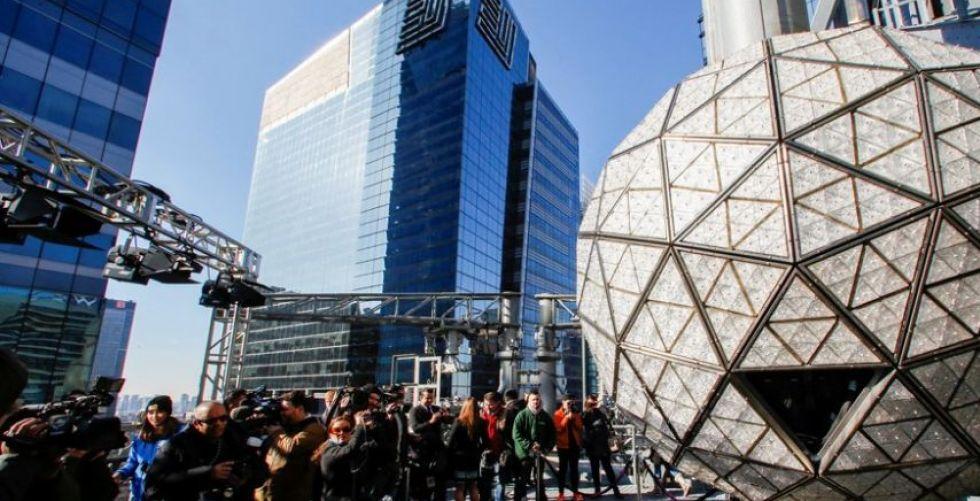 كرة رأس السنة يُسقطها الصحافيون في ميدان تايمز سكوير