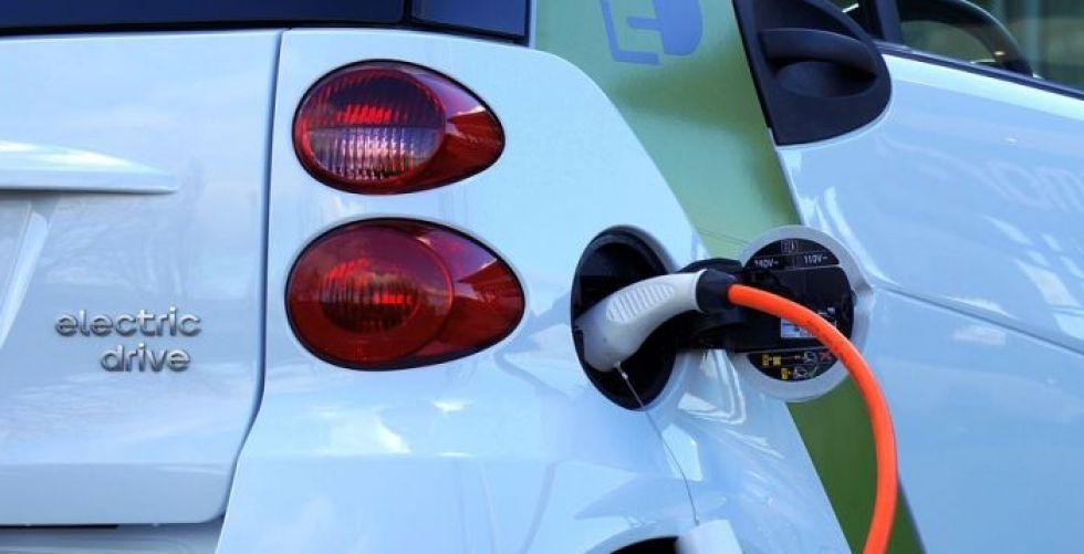 الطلب على السيارات الكهربائية جيد لكنّه دون المرتجى