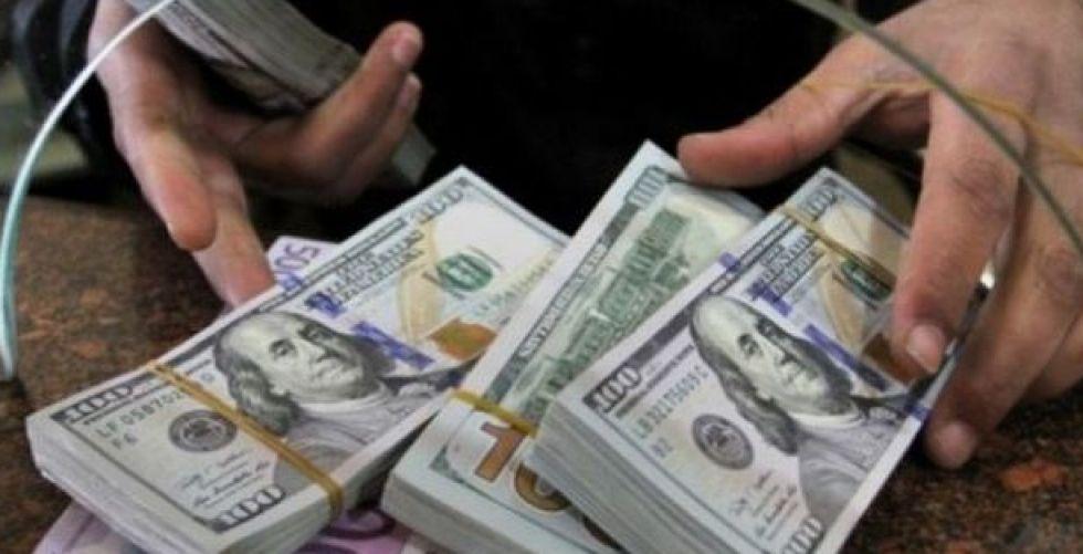 المصارف اللبنانية تحدّد سقوف السحوبات المالية والتحويلات الخارجية